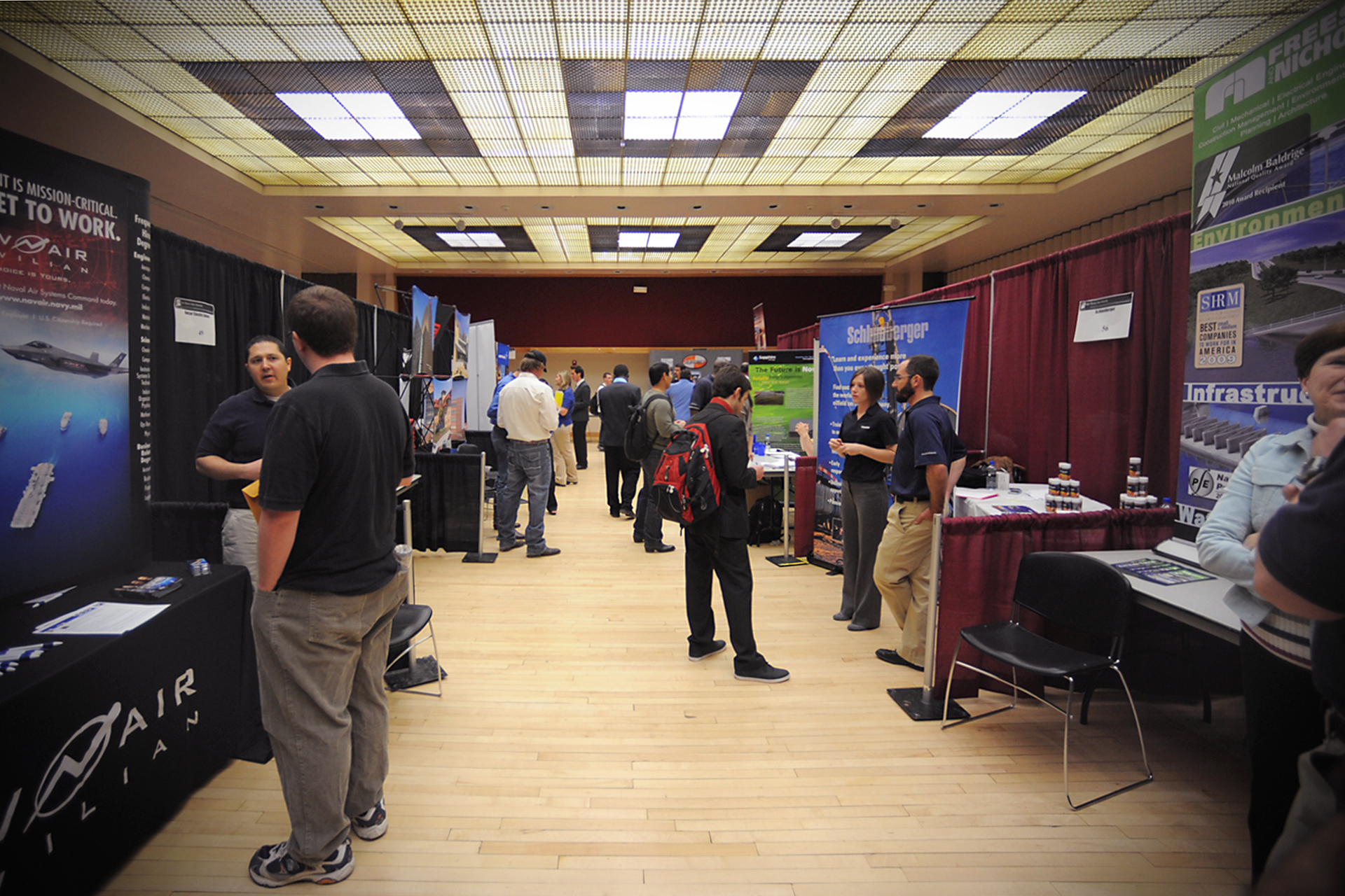 career_fair_03_020112