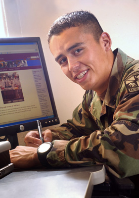 10/05/06: American Indian student, Jacob Glossop. (photo by Darren Phillips)